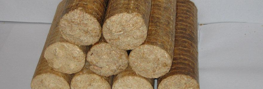 bûches de bois compressé