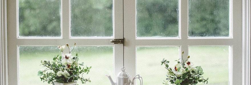 fenêtre de maison mal isolée
